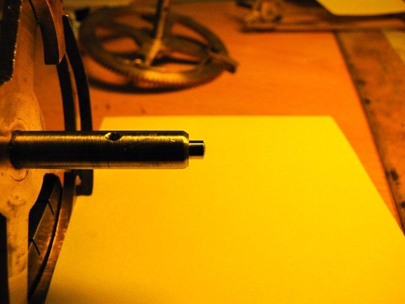Werkstatt Himbert für Uhren und mehr... Der gleiche Zapfen nach dem Rollieren